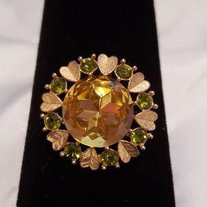 ❤3/$20 itemAvon pendant & brooch